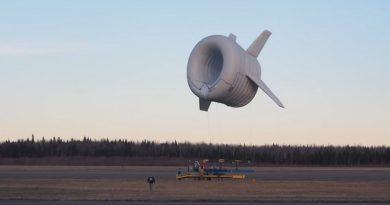 Turbina eolica volante in campagna