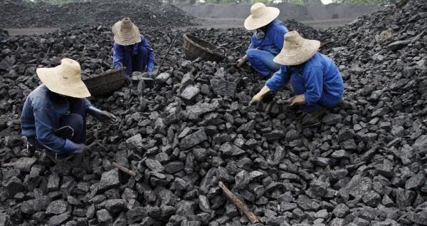 Lavoratori del carbone asiatici