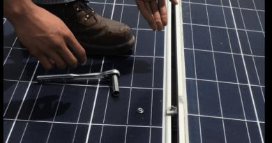 montaggio di un pannello fotovoltaico resistente agli uragani