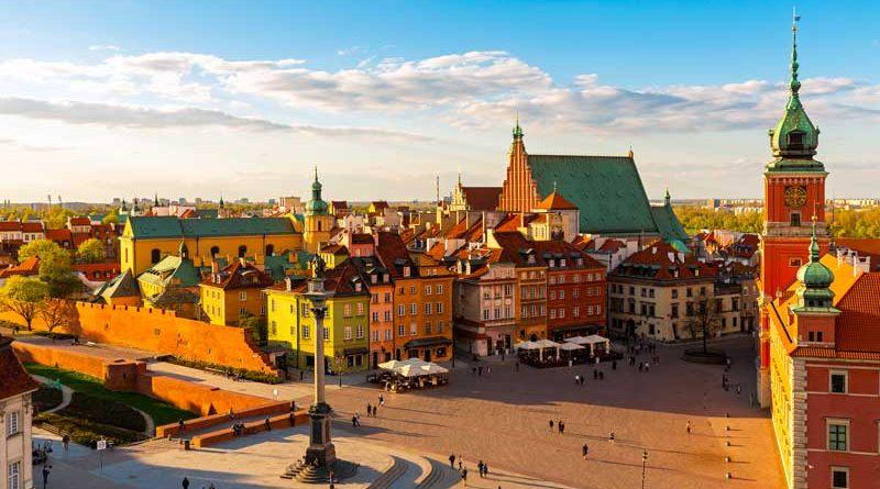 vista del quartiere antico di Varsavia, città che sta diventando sempre più sostenibile grazie ai fondi dell'Unione Europea
