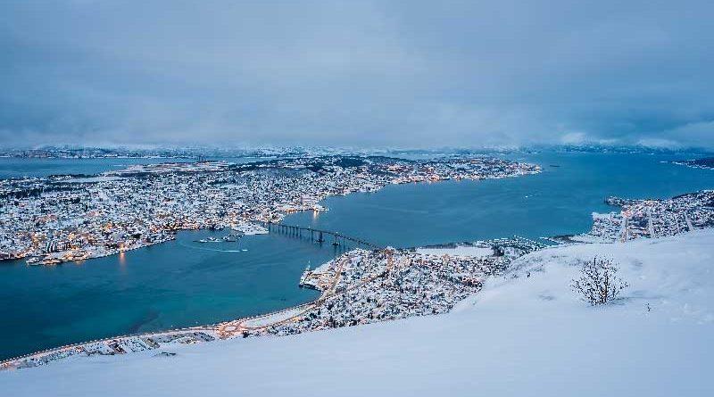 Livello del mare in aumento nel mare del nord che crea problemi a una città