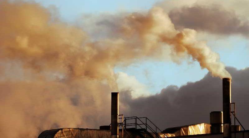Fabbrica nell'unione Europea che inquina l'aria